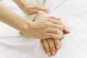 Новости - Как поддержать человека, который тяжело заболел? | Фонд Инна