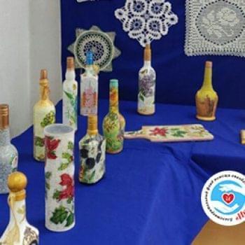 Новини - Відкрилася виставка робіт техніки декупажу | Фонд Інна