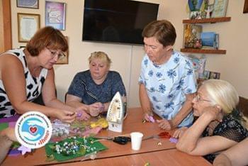 Новости - Состоялся мастер-класс по изготовлению цветов | Фонд Инна