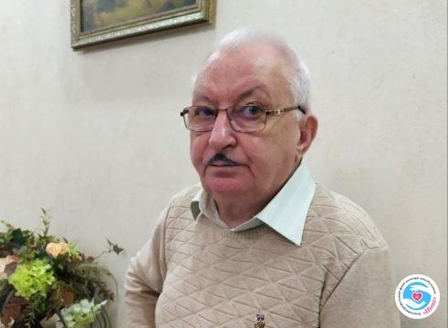 Їм потрібна допомога - Паперний Анатолій Федорович | Фонд Інна